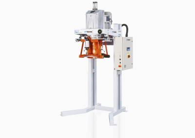 Electronic gross weight weigher-bagging machines for open mouth bags